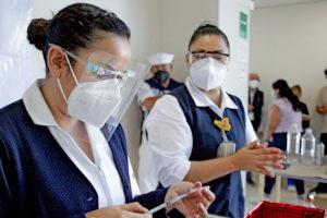 GESTIONA GOBIERNO ESTATAL VACUNAS ANTICOVID PARA PERSONAL DE SALUD PRIVADA