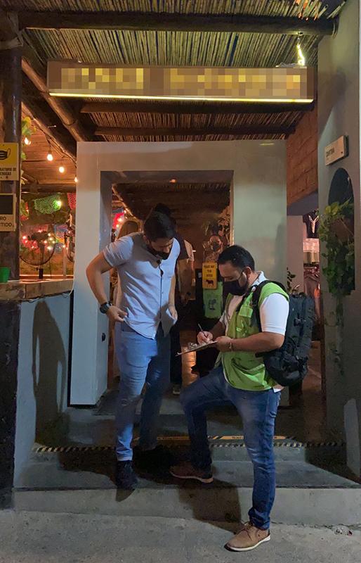 RESTAURANTES DE LOS CABOS Y LA PAZ DEBEN AJUSTAR SU AFORO AL NIVEL 5 DE ALERTA SANITARIA POR COVID: COEPRIS